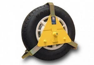 Stronghold 10-14 Inch Wheel Clamp